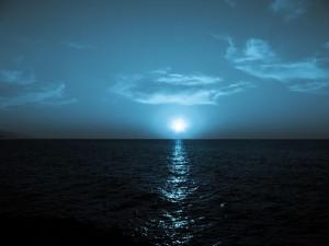 sea-at-night